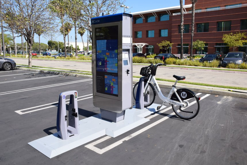 A prototype of Metro's bike share pilot program in DTLA. Photo: Metro.