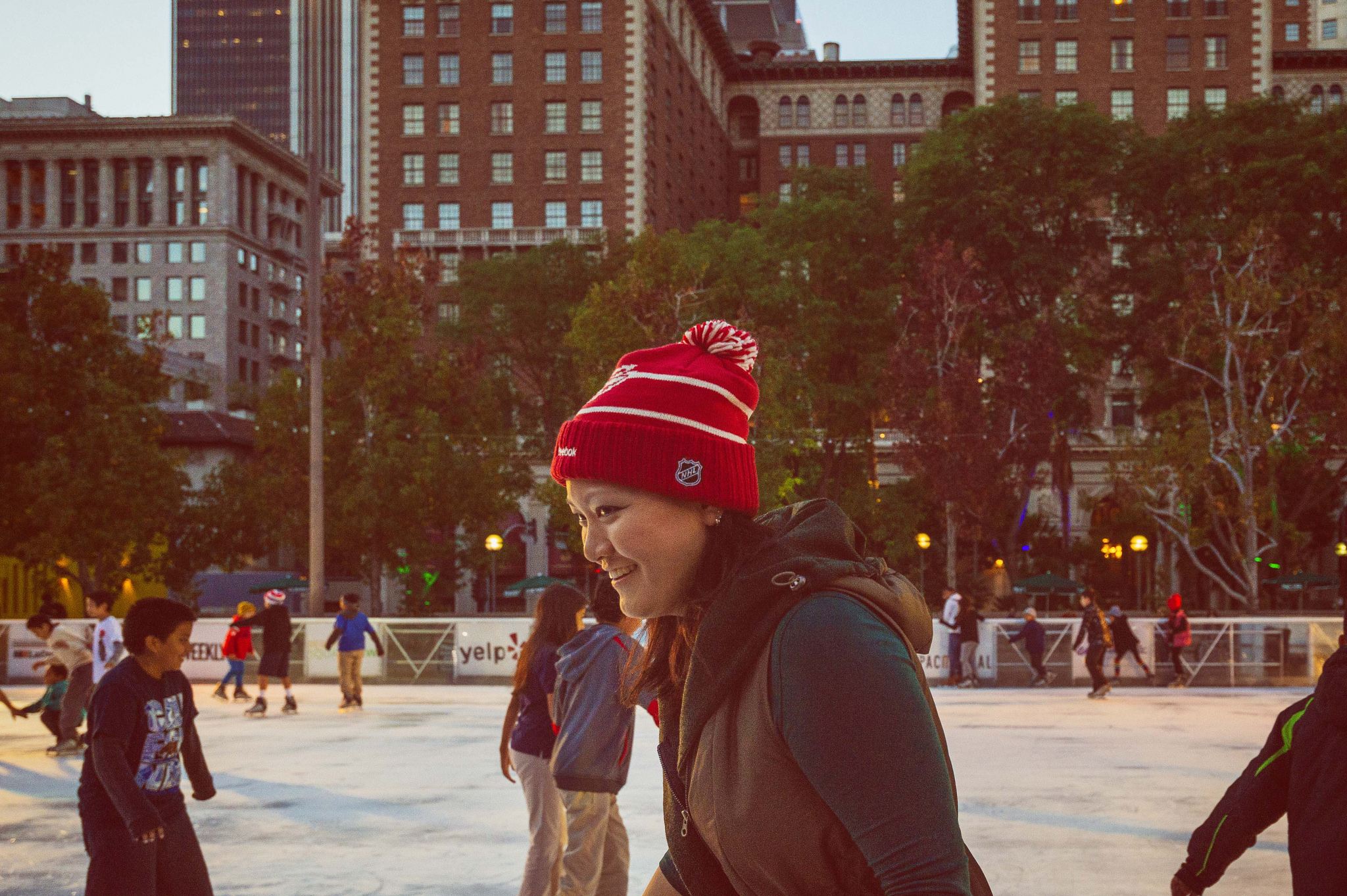 go metro weekends ice skating returns to pershing square the source. Black Bedroom Furniture Sets. Home Design Ideas