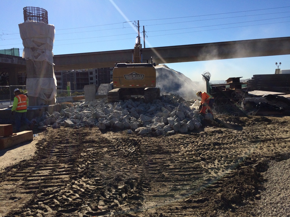 Work on the junction of the Crenshaw/LAX Line and Green Line.