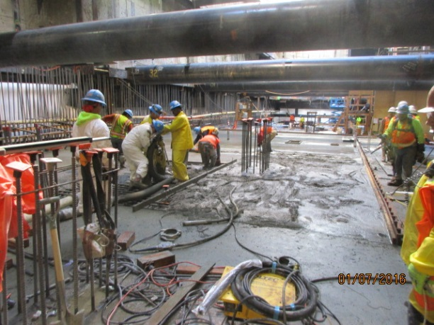 """Placement of an """"inverted slab"""" at the Expo Crenshaw underground station."""