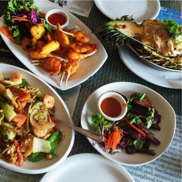 19 must try eateries near metro the source for Amazing thai cuisine north hollywood