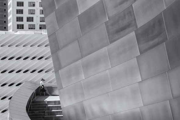 There are a series of walkways and stairs at Disney Concert Hall that lead to the gardens and other great viewpoints.