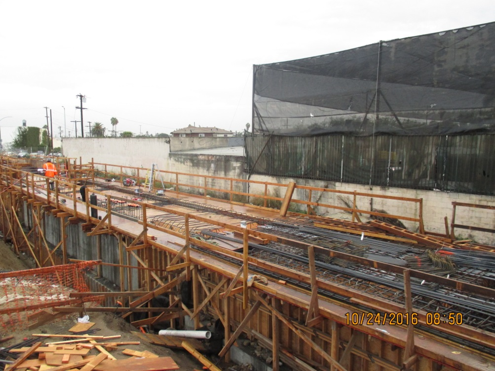 fairview-heights-station-crews-continued-with-rebar-and-formwork-installations-for-the-platform-deck