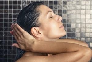 Masajear el cabello