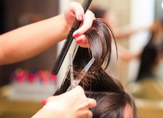 Recortar las puntas del cabello
