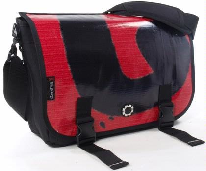 Mens_diaper_bag_dadgear
