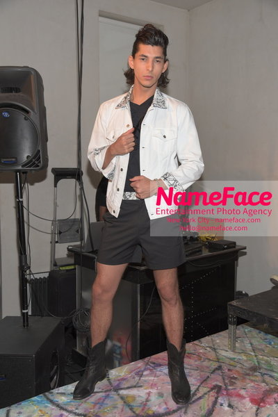 SHOW ARTISTIX - With Andy Hilfiger - S/S 17 Mens Presentation Model - NameFace Photo Agency New York City - hello@nameface.com - nameface.com - Photo by Steve Eichner