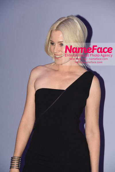 Tom Ford Womens - Runway Show FW18 Elizabeth Banks - NameFace Photo Agency New York City - hello@nameface.com - nameface.com - Photo by Steve Eichner