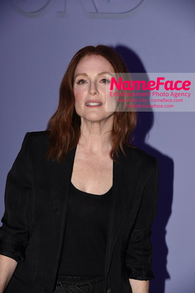 Tom Ford Womens - Runway Show FW18 Julianne Moore - NameFace Photo Agency New York City - hello@nameface.com - nameface.com - Photo by Steve Eichner