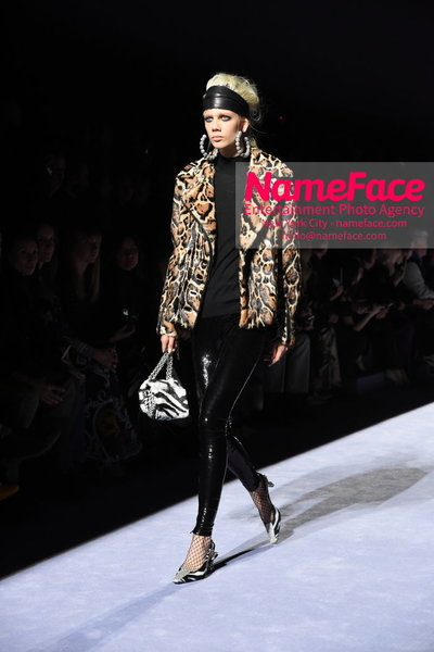 Tom Ford Womens - Runway Show FW18 Marjan Jonkman - NameFace Photo Agency New York City - hello@nameface.com - nameface.com - Photo by Steve Eichner