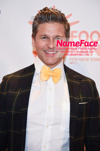Food Bank For New York City's Can Do Awards Dinner - Arrivals David Burtka - NameFace Photo Agency New York City - hello@nameface.com - nameface.com - Photo by Daniela Kirsch
