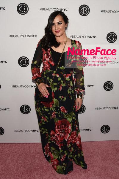 Beautycon 2018 Festival NYC - First Day Amrah Mahmood - NameFace Photo Agency New York City - hello@nameface.com - nameface.com - Photo by Daniela Kirsch