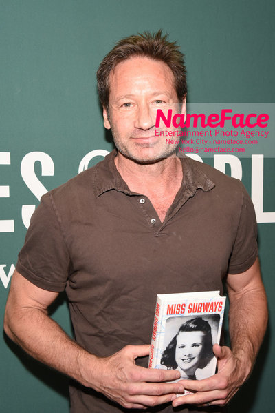 David Duchovny, star of The X-Files and Californication signing copies of his book Miss Subways David Duchovny - NameFace Photo Agency New York City - hello@nameface.com - nameface.com - Photo by Daniela Kirsch