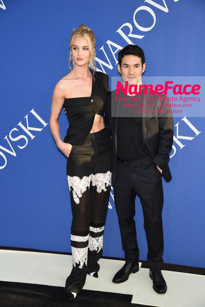 2018 CFDA Fashion Awards Rosie Huntington-Whiteley and Joseph Altuzarra - NameFace Photo Agency New York City - hello@nameface.com - nameface.com - Photo by Steve Eichner