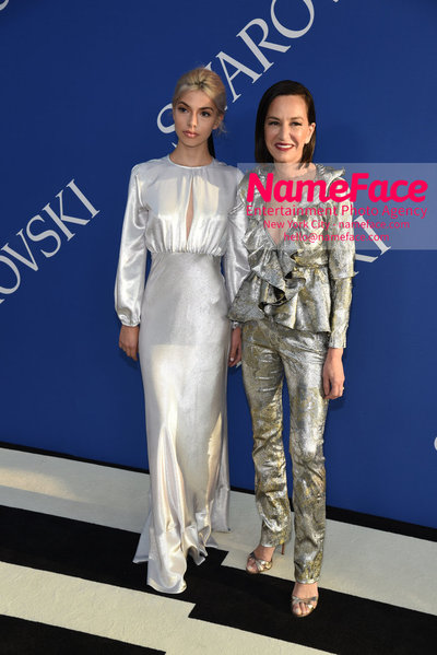 2018 CFDA Fashion Awards Kit Keenen and Cynthia Rowley - NameFace Photo Agency New York City - hello@nameface.com - nameface.com - Photo by Steve Eichner