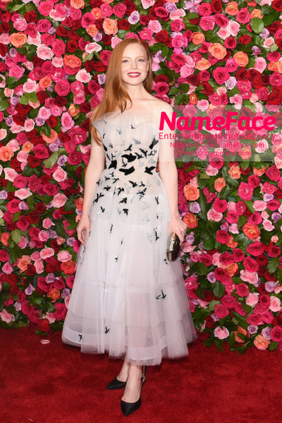 Tony Awards 2018 - Arrivals Lauren Ambrose - NameFace Photo Agency New York City - hello@nameface.com - nameface.com - Photo by Daniela Kirsch