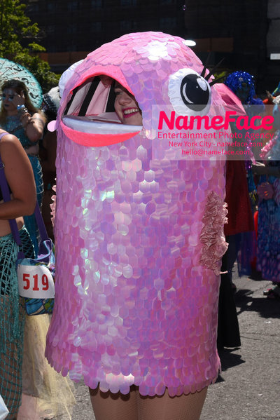36th Annual Coney Island Mermaid Parade Atmosphere - NameFace Photo Agency New York City - hello@nameface.com - nameface.com - Photo by Daniela Kirsch