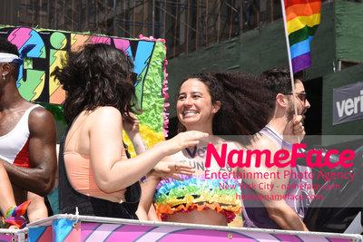 The 49th Annual NYC Pride March Ilana Glazer - NameFace Photo Agency New York City - hello@nameface.com - nameface.com - Photo by Daniela Kirsch