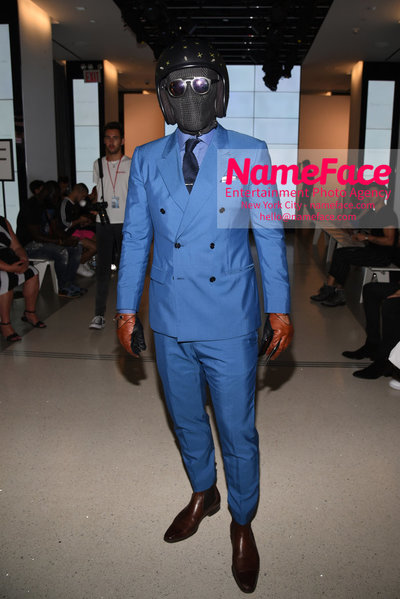 ALESSANDRO TRINCONE SS19 Runway Show - Mens NYFW - Front Row Suited Racer - NameFace Photo Agency New York City - hello@nameface.com - nameface.com - Photo by Daniela Kirsch