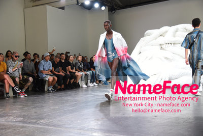 Feng Chen Wang Runway Show SS19  - NYFW Mens - Front Row Atmosphere - NameFace Photo Agency New York City - hello@nameface.com - nameface.com - Photo by Daniela Kirsch
