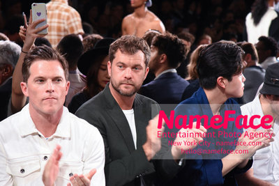 Todd Snyder Runway Show SS19 - Mens News York Fashion Week Mike Doyle and Joshua Jackson - NameFace Photo Agency New York City - hello@nameface.com - nameface.com - Photo by Daniela Kirsch