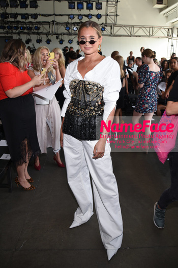NYFW Pamella Roland Runway Show Danielle Bernstein - NameFace Photo Agency New York City - hello@nameface.com - nameface.com - Photo by Daniela Kirsch