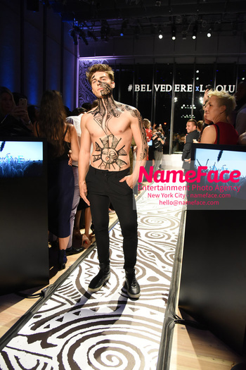 Belvedere Vodka Launches Laolu Senbanjo 2018 Limited Edition Bottle During New York Fashion Week Nolan Funk - NameFace Photo Agency New York City - hello@nameface.com - nameface.com - Photo by Daniela Kirsch