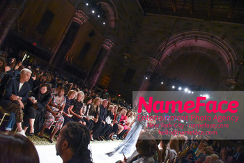 Dennis Basso NYFW with Mary J. Blige Atmosphere - NameFace Photo Agency New York City - hello@nameface.com - nameface.com - Photo by Daniela Kirsch