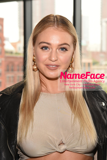 Tome Runway Show NYFW Iskra Lawrence - NameFace Photo Agency New York City - hello@nameface.com - nameface.com - Photo by Daniela Kirsch