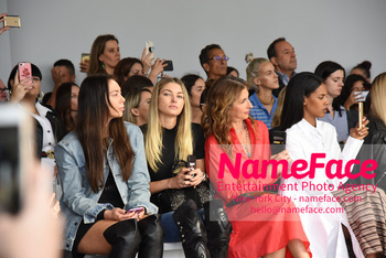 Tome Runway Show NYFW Jessica Hart and Alysia Reiner - NameFace Photo Agency New York City - hello@nameface.com - nameface.com - Photo by Daniela Kirsch