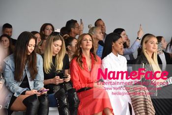 Tome Runway Show NYFW Jessica Hart and Iskra Lawrence - NameFace Photo Agency New York City - hello@nameface.com - nameface.com - Photo by Daniela Kirsch