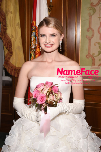 The 64th International Debutante Ball Ireland Marie Irving - NameFace Photo Agency New York City - hello@nameface.com - nameface.com - Photo by Daniela Kirsch