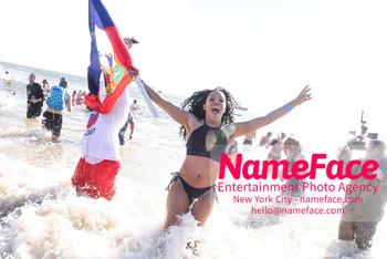 Coney Island Polar Bear Plunge 2019 Atmosphere - NameFace Photo Agency New York City - hello@nameface.com - nameface.com - Photo by Daniela Kirsch