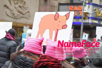 Women's March New York City Atmosphere - NameFace Photo Agency New York City - hello@nameface.com - nameface.com - Photo by Daniela Kirsch