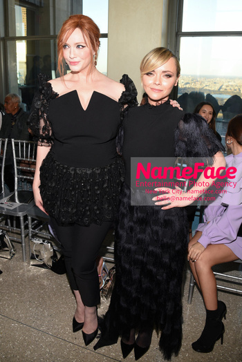 Christian Siriano - Front Row - February 2019 - New York Fashion Week Christina Hendricks and Christina Ricci - NameFace Photo Agency New York City - hello@nameface.com - nameface.com - Photo by Daniela Kirsch