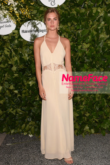 Gabrielles Angel Foundations Young Professional Committee Hosts Midsummer Angel Gala Michon Vanas - NameFace Photo Agency New York City - hello@nameface.com - nameface.com - Photo by Daniela Kirsch