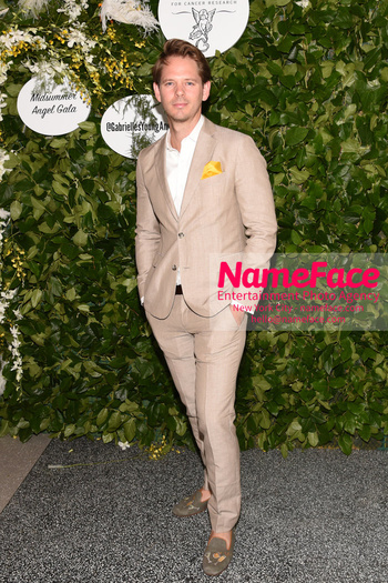 Gabrielles Angel Foundations Young Professional Committee Hosts Midsummer Angel Gala Thomas E. Pierce II - NameFace Photo Agency New York City - hello@nameface.com - nameface.com - Photo by Daniela Kirsch