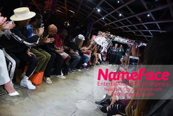 Artistix - New York Fashion Week 2019 Andy Hilfiger - NameFace Photo Agency New York City - hello@nameface.com - nameface.com - Photo by Daniela Kirsch