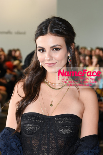 Pamella Roland - Front Row - September 2019 - New York Fashion Week Victoria Justice - NameFace Photo Agency New York City - hello@nameface.com - nameface.com - Photo by Daniela Kirsch