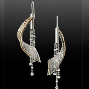 Diamond Wave Earrings by Annie Koenig - Second place for Professional Design Excellence (4+ years) and Winner of CAD/CAM Distinction
