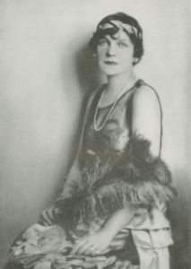 May Bonfils Stanton, who purchased the Stotesbury Emerald as a ring from Harry Winston in 1947