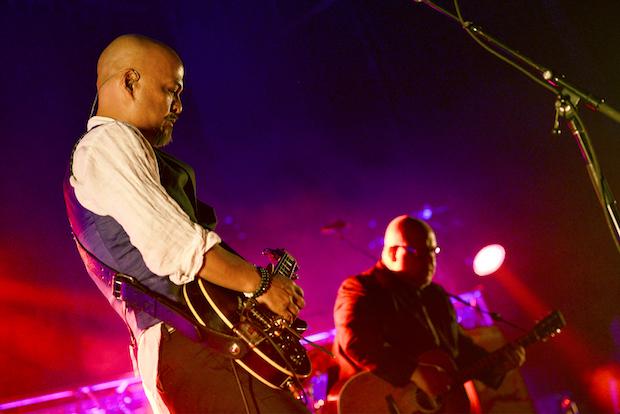 Pixies-5-5-17-Insert2