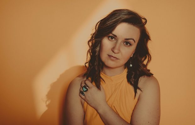 "[NO COUNTRY PREMIERE] Hadley Kennary Embraces the In-Between with ""Potential""  