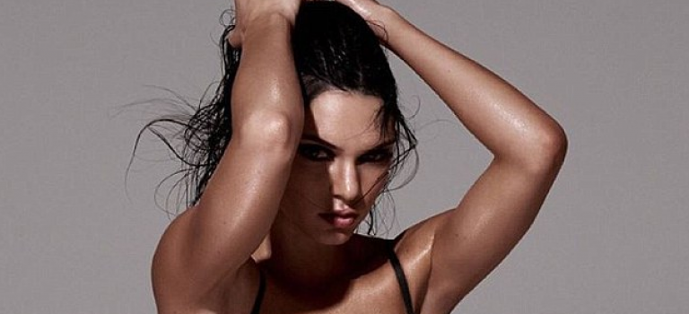 Kendall 拍雜誌超炫腹!性感露XX