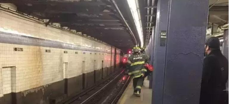 紐約地鐵又出命案,男子遭地鐵碾過當場死亡