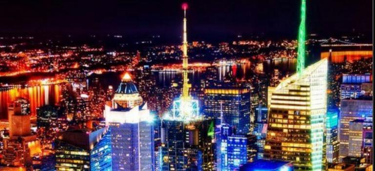 曼哈頓摩天樓頂亮什麼燈,現在可以由你來控制了!