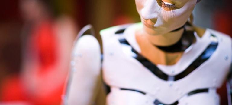 """專家:未來青少年的""""第一次""""將被性愛機器人奪走!"""