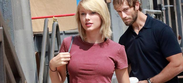 "Taylor""奶炸""照引發PS狂潮:張張精彩,笑到肚子痛!"
