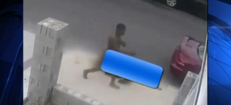 【視頻】紐約裸男現身布魯克林攻擊女性!大家小心!