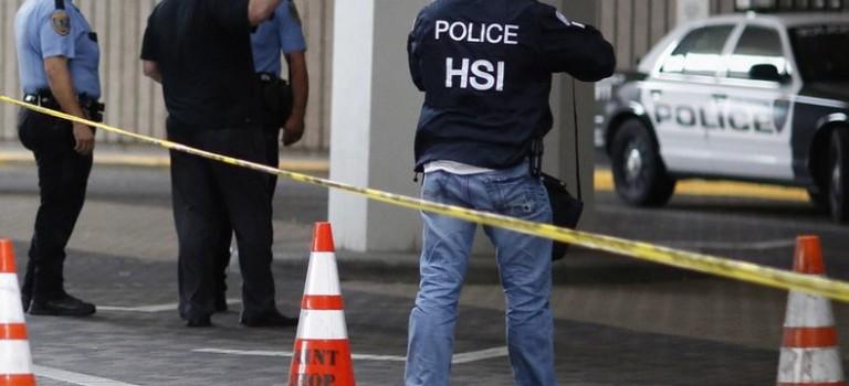 休斯頓再現槍擊案:9人受傷,嫌犯與警方對峙被擊斃